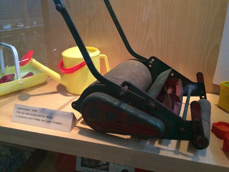 I wonder how many fingers were lost to this rather-too-authentic mini lawnmower?